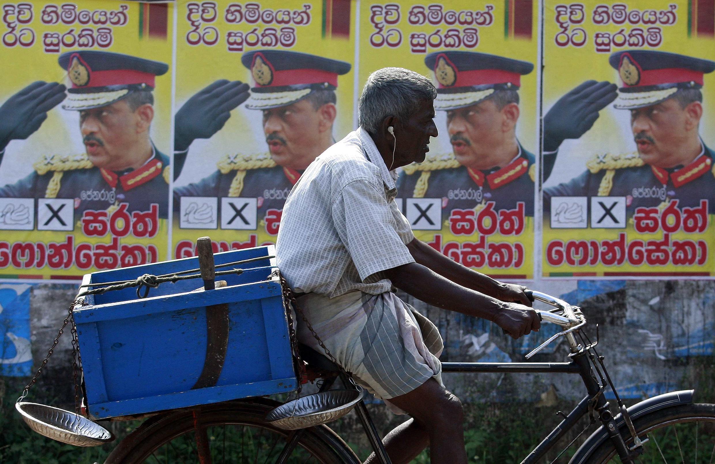 Affiche électorale à Tangalle le 25 janvier 2010.