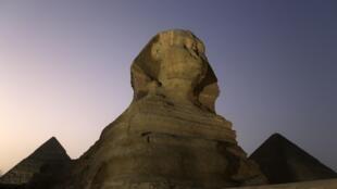 La réhabilitation du Sphinx de Giza pourrait contribuer à relancer le tourisme en Egypte, photo du 9 novembre 2014.