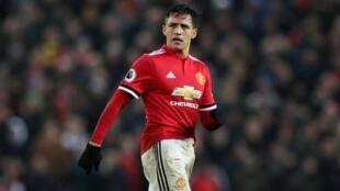 Nyota wa Manchester United, Alexis Sanchez anatajwa kuwa miongoni mwa  wachezaji watakaoibeba timu hiyo msimu huu