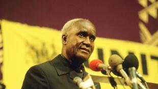 Kenneth Kaunda, le 23 janvier 1990, en Angola.