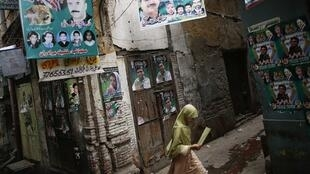 Dans une rue de Lahore, en pleine période électorale, le 10 mai 2013.