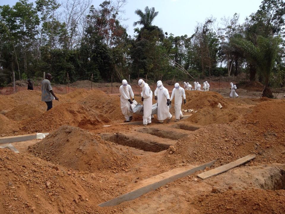 Disco Hill, un cimetière ouvert depuis que le Liberia ne pratique plus la crémation automatique pour tous les cadavres.