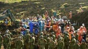 日本熊本县地震日本自卫队展开救援行动2016年4月20日