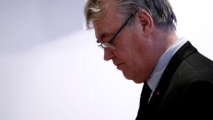La Haute autorité pour la transparence de la vie publique a saisi la justice concernant l'ex-Haut-Commissaire à la réforme des retraites Jean-Paul Delevoye.