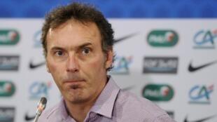 Laurent Blanc, técnico da seleção francesa teria aprovado uma política de cotas étnicas no time.
