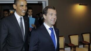 US President Barack Obama with Russia's Dmitry Medvedev