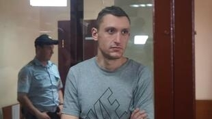 Пресненский суд Москвы на два месяца арестовал гражданского активиста Константина Котова