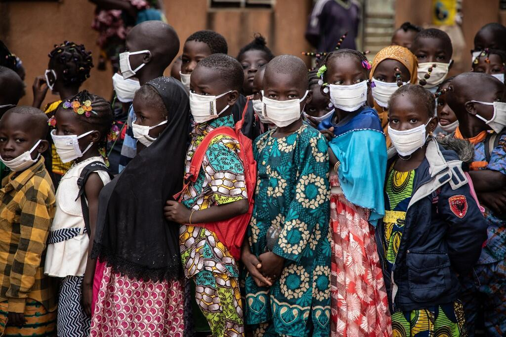 Burkina Faso kalandenw san 2020 kalanta waati, u ka nudatugunaw b'u nu na. (Ja jirata).