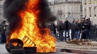 Paris taxi drivers protesting yesterday