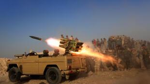 Des combattants peshmergas positionnés dans le village de Sheikh Ali, près de Bashika, à 25 kilomètres au nord-est de Mossoul, le 20 octobre 2016.