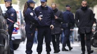Les forces de l'ordre ont accueilli avec scepticisme l'annonce de la mise en place d'une police du quotidien en France.