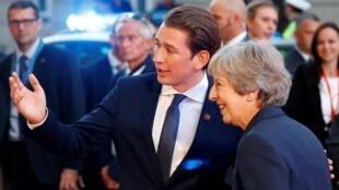Le chancelier autrichien Sebastian Kurz accueille la Première ministre britannique Theresa May au sommet informel de Salzbourg,