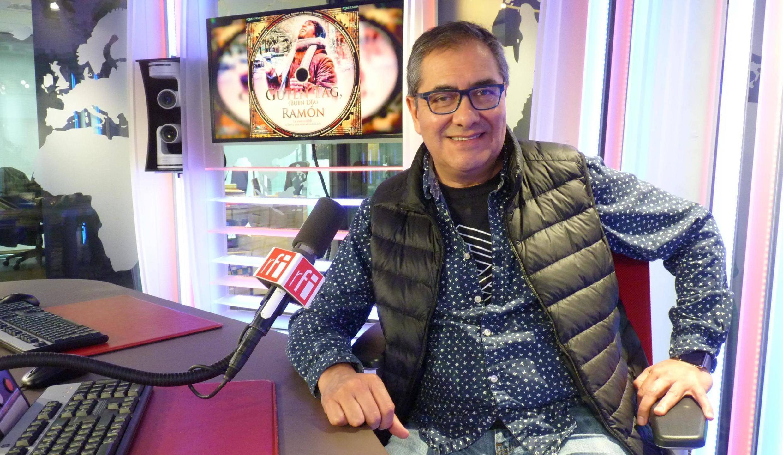 Jorge Ramírez Suárez en los estudios de RFI