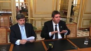 Luiz Alberto Santos Sallaberry, diretor de contraterrorismo Abin (d) ao lado de Paulo de Oliveira Campos, embaixador do Brasil na França.