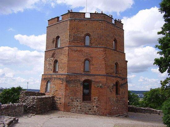La tour (château de Gediminas).