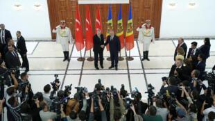 Реджеп Тайип Эрдоган и Игорь Додон в Кишиневе, 17 октября 2018.