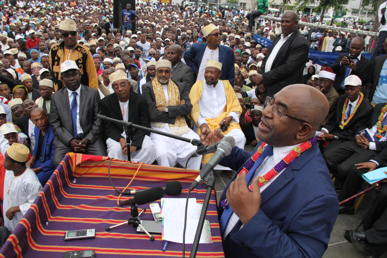 Paul-Charles Delapeyre est le seul membre du régime comorien à avoir ouvertement critiqué le président Azali Assoumani (sur la photo) depuis sa réélection en 2016.