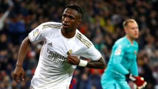 Vinicius Junior dan wasan gaba na Real Madrid yayin murnar jefa kwallon farko a ragar Barcelona, yayin fafatawar wasan El Clasico.