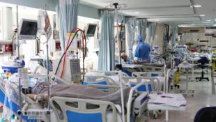 2020-03-30T163436Z_1657899089_RC2GUF9M2YGL_RTRMADP_3_HEALTH-CORONAVIRUS-IRAN