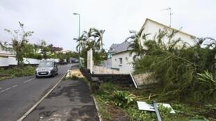 На Реюньон обрушился самый сильный за последние 20 лет ураган