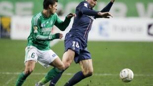 Zlatan Ibrahimovic a lokacin da París Saint Germain, ke karawa da Saint Etienne.