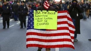 Biểu tình tại New York chống bạo lực cảnh sát nhắm vào người da đen, 13/12/2014.
