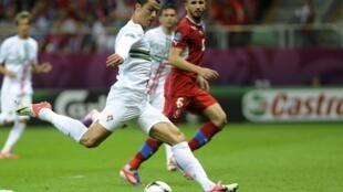 Le joueur vedette portugais Cristiano Ronaldo pendant le match contre la République tchèque, le 21 juin 2012.