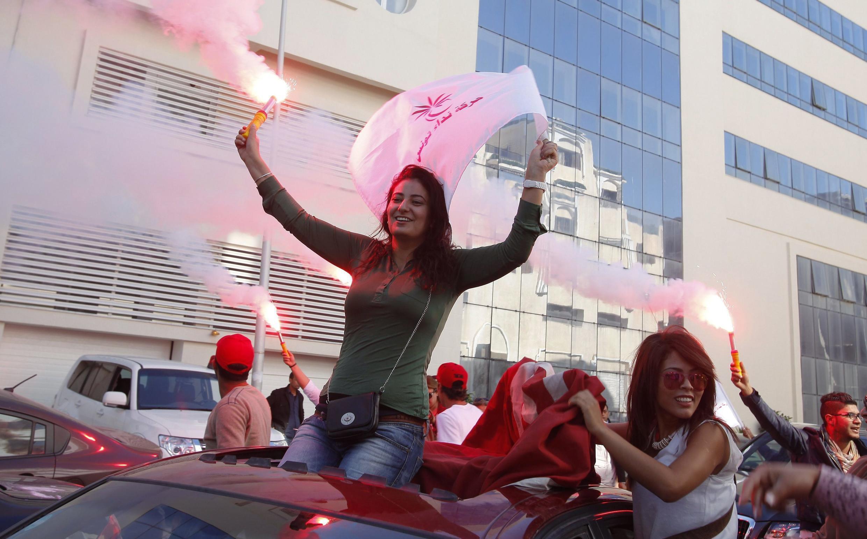 Des partisans de Nida Tounes à Tunis, mardi 28 octobre 2014.