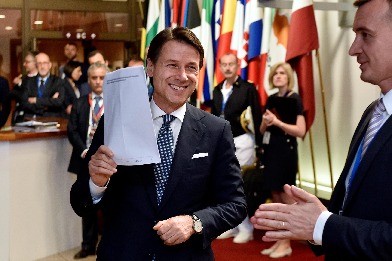 Thủ tướng Ý  Giuseppe Conte, lúc rời cuộc họp thượng đỉnh Châu Âu ở Bruxelles. Ảnh 29/06/2018.