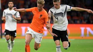 Frenkie de Jong (Pays-Bas), lors d'un match contre l'Allemagne, le 13 octobre 2018.