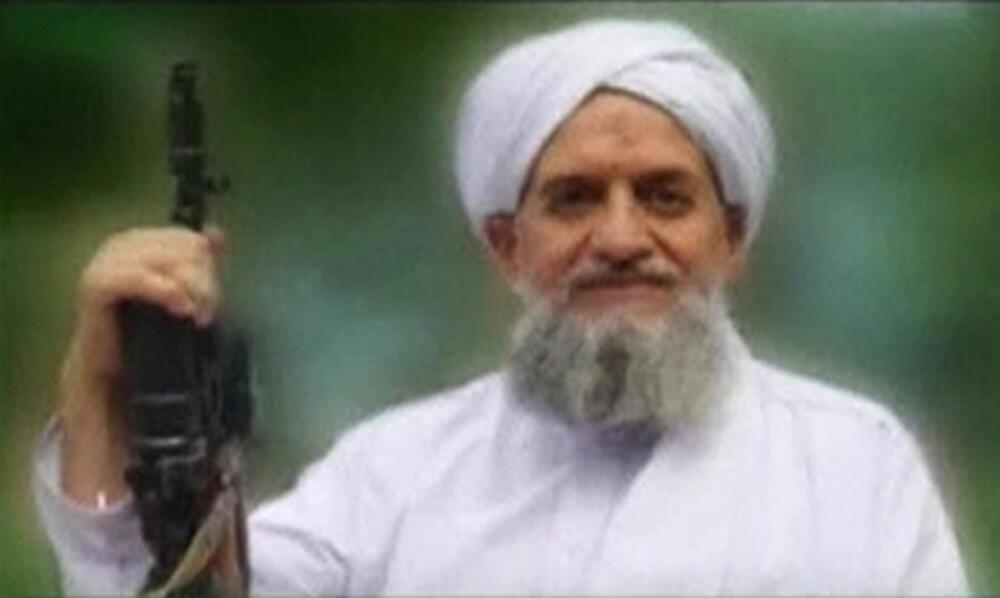 Lãnh đạo Al Qaida, ông Ayman al Zaourahri (tiếng Anh Ayman al-Zawahiri)  REUTERS /Site Monitoring Service via Reuters TV