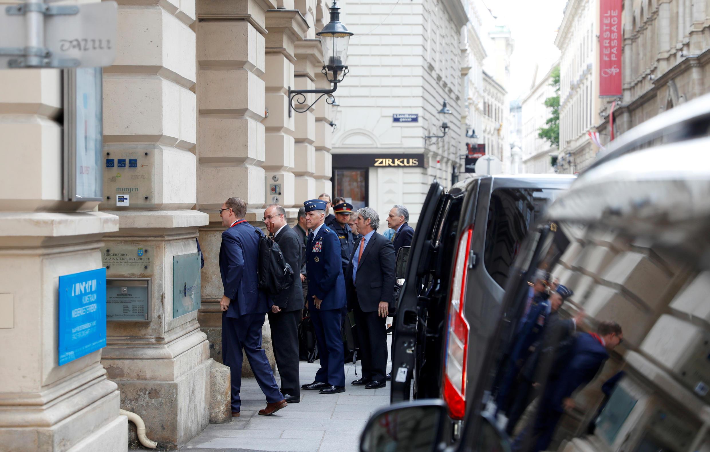 Россия и США возобновили переговоры по контролю за ядерным вооружением.