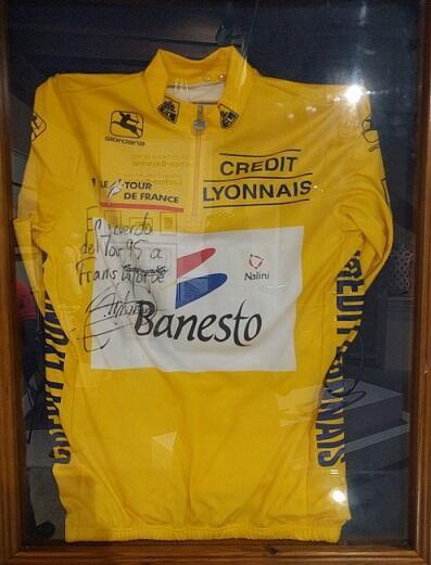El maillot amarillo de Miguel Induráin en 1995.