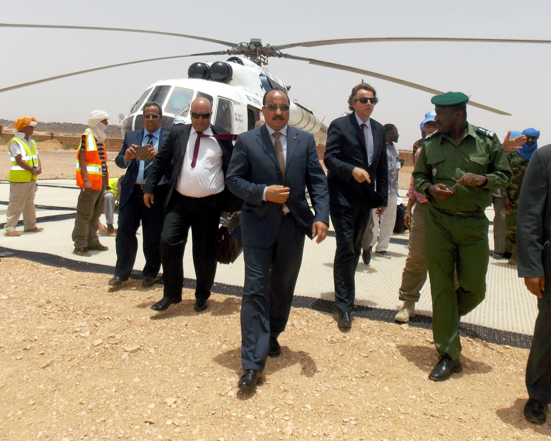 Mohamed Ould Abdel Aziz, lrais wa Mauritania akiwa pia mwenyekiti wa Umoja wa Mataifa, alipowasili katika mji wa Kidal, Ijumaa Me 23 mwaka 2014.