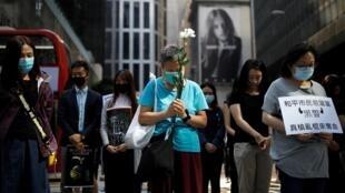 Morte de estudante provoca novos protestos em Hong Kong (08/11/2019).