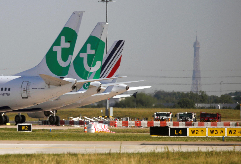 26 июня парижский аэропорт Орли возобновил работу после трехмесячного перерыва