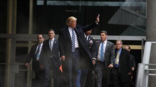 Tổng thống Mỹ Donald Trump tới trụ sở CIA, Langley, Virginia, ngày 21/01/2017