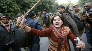 Những tiết lộ gần đây về hành vi của các nghi can càng làm cho dân Ấn thêm phẫn nộ (REUTERS)