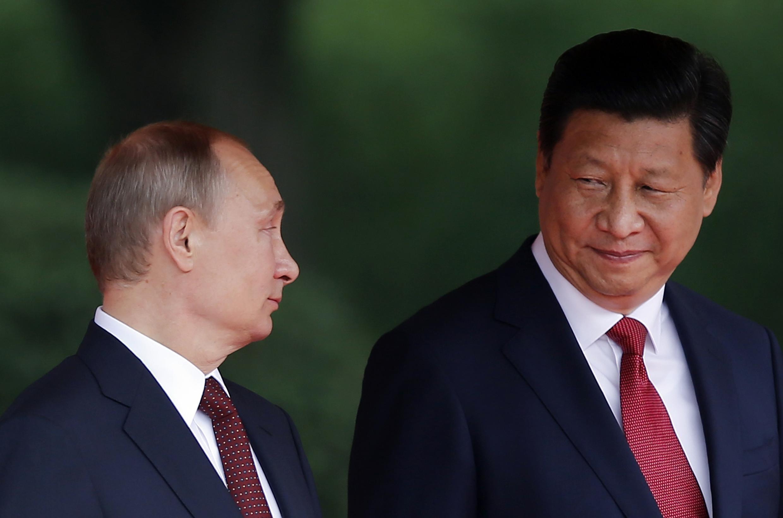 В.Путин и председатель КНР Си Цзиньпин в Шанхае 20 мая 2014.