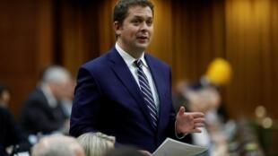 Le chef du Parti conservateur du Canada, Andrew Scheer, devant la Chambre des communes à Ottawa, le 12 décembre 2019.