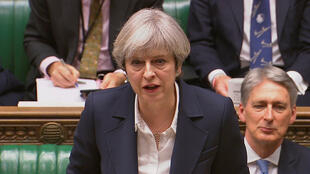 Theresa May annonce le lancement de la procédure du Brexit devant les députés britanniques, au Parlement de Westminster, le 29 mars 2017.