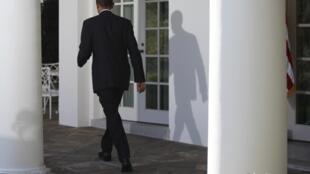 Le président américain Barack Obama a repoussé d'une journée sa visite au Japon, initialement prévue jeudi, à la suite de la tuerie de Fort Hood au Texas.