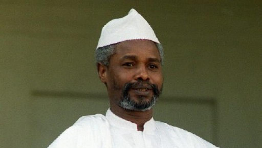 Rais wa zamani wa Chad Hissène Habré, wakati waziara yake Paris Paris, Oktoba 21, 1989.