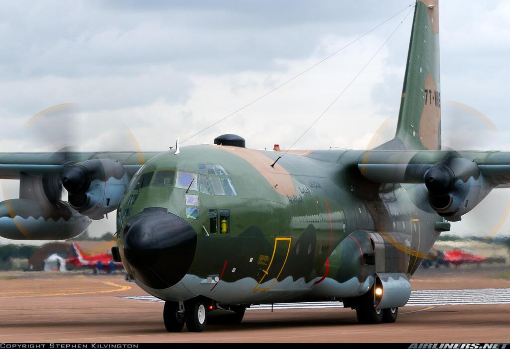 Modelo do avião Hercules C130 do exercito argelino.