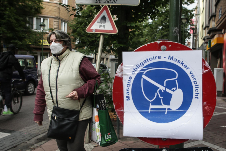 O uso da máscara se tornou obrigatório em Bruxelas em 12 de agosto.