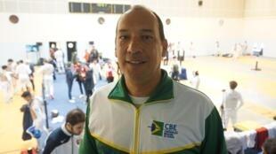 Alexandre Teixeira – Técnico da seleção brasileira de esgrima