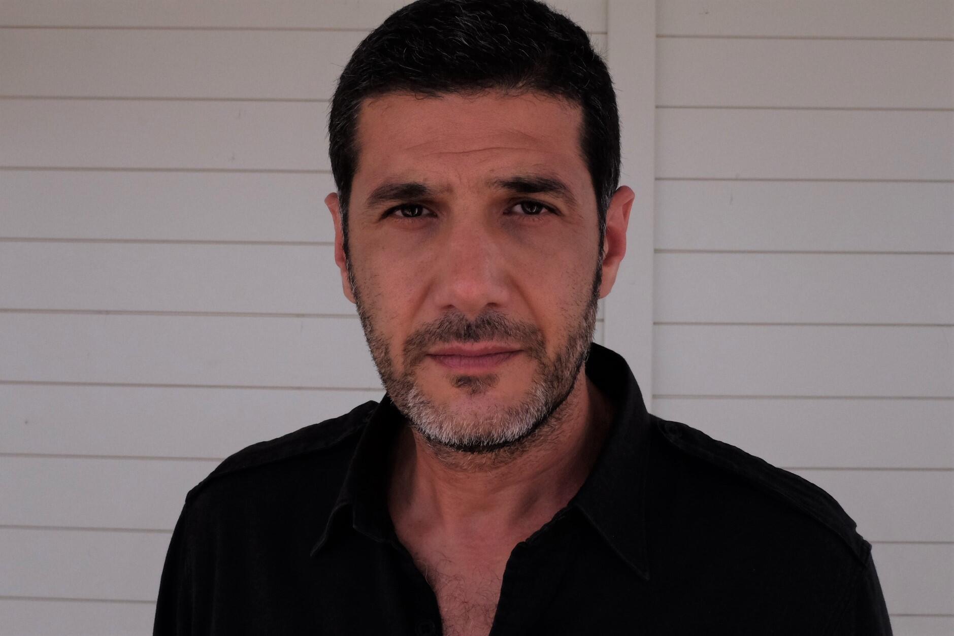Nabil Ayouch, réalisateur marocain du film « Haut et fort » (« Casablanca Beats »), en lice pour la Palme d'or au Festival de Cannes 2021.  © Siegfried Forster / RFI