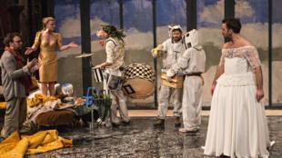 The play 'Orfeo: Je suis mort en Arcadie' runs until 5 February 2017 at Théâtre des Bouffes du Nord in Paris.