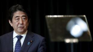 日本首相安倍晉三此前參加東盟與東亞峰會照片
