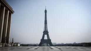 2020-07-29 paris eiffel tower palais de tokyo